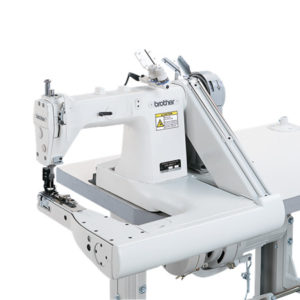 Macchina per cucire e ricamare industriale Brother DA 9280
